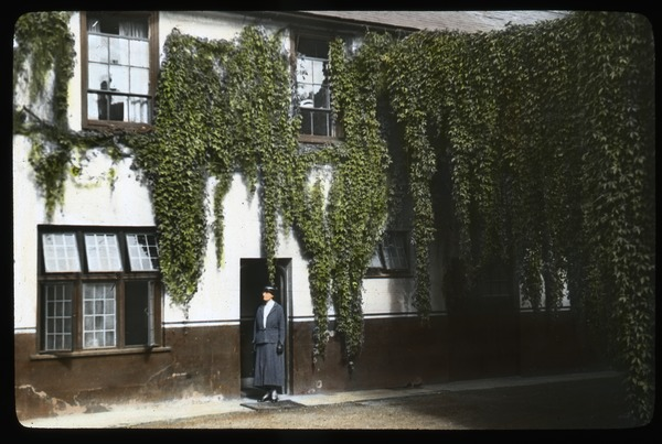 Courtyard, Red Lion Inn, Salisbury, ca. 1936
