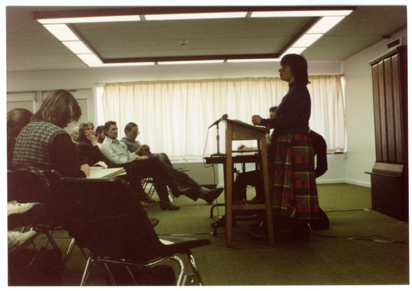 Low-input Sustainable Agriculture (LISA) seminar: Grace Gershuny presenting at             the seminar, March 1990