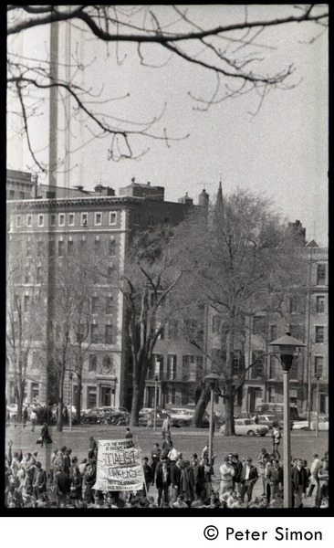 Resistance on the Boston Common: crowd gathered on north edge of the Common, April 3, 1968