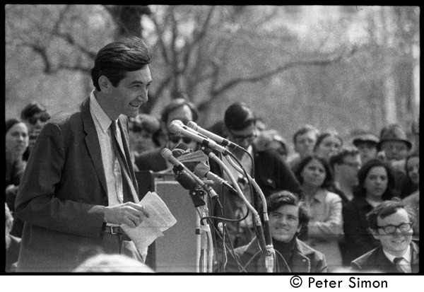 Resistance on the Boston Common: Howard Zinn addressing the crowd, April 3, 1968