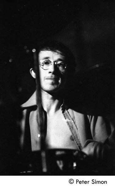 Mickey Waller (drums): Jeff Beck group performing at the Boston Tea Party: , October 31, 1968