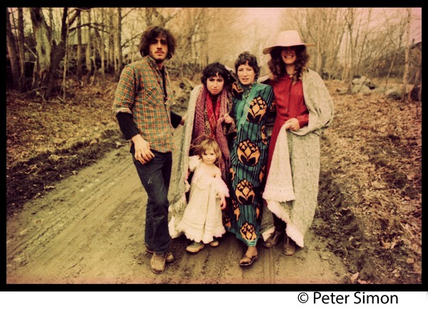 A Fambly trip, May Day: Tim Rossner, unidentified woman, Jenny Buell, Catherine Blinder, and child on a dirt road             near Tree Frog Farm commune: , ca. May 1, 1971