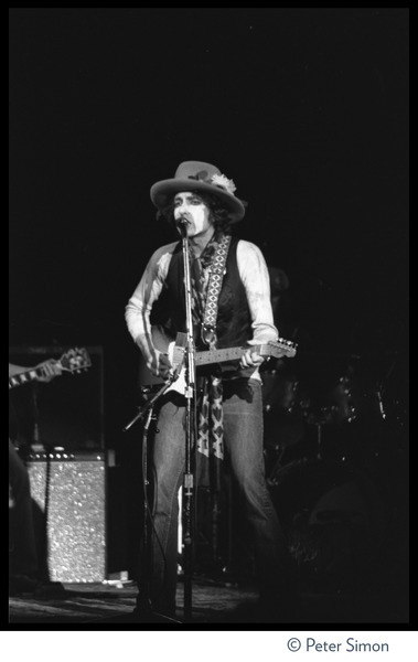 Bob Dylan performing at the Harvard Square Theater, Cambridge, with the             Rolling Thunder Revue, November 20, 1975