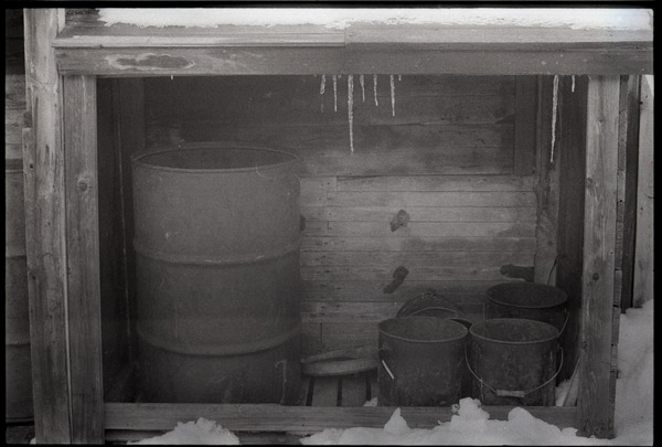 Millers Falls: oil drum in a lean-to shed, February 1969