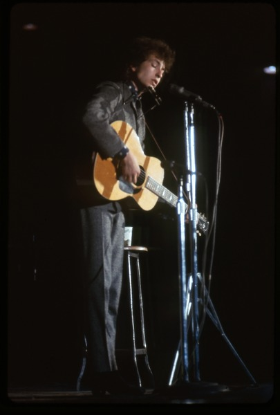Bob Dylan performing on stage: Dylan in concert at the Washington Coliseum: , ca. November 28, 1966