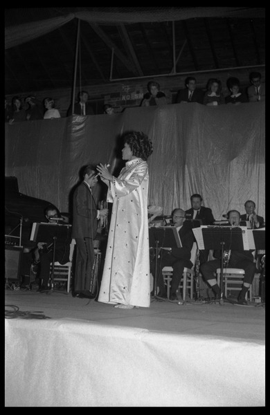 Winter Carnival: CeCe Grant (singer) performing with the Johnny Carson Show, Curry Hicks             Cage, UMass Amherst, ca. February 24, 1968