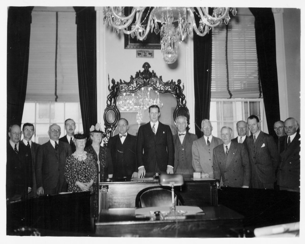Trustees visit the State House, 1945
