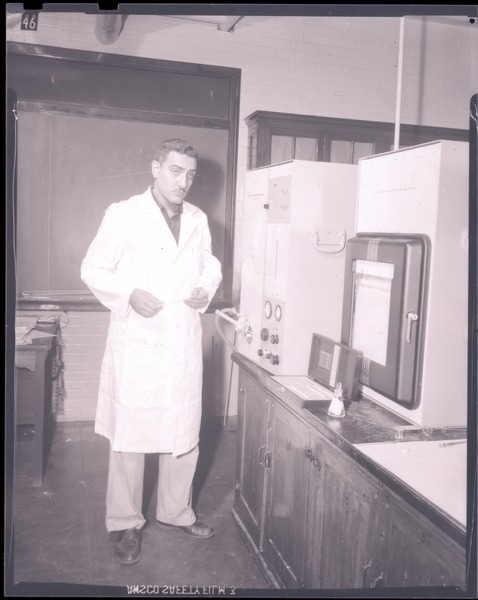 Unidentified man in lab, July 22, 1959